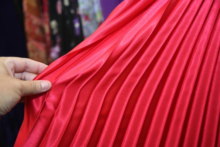 как правильно гладить плиссированную юбку?