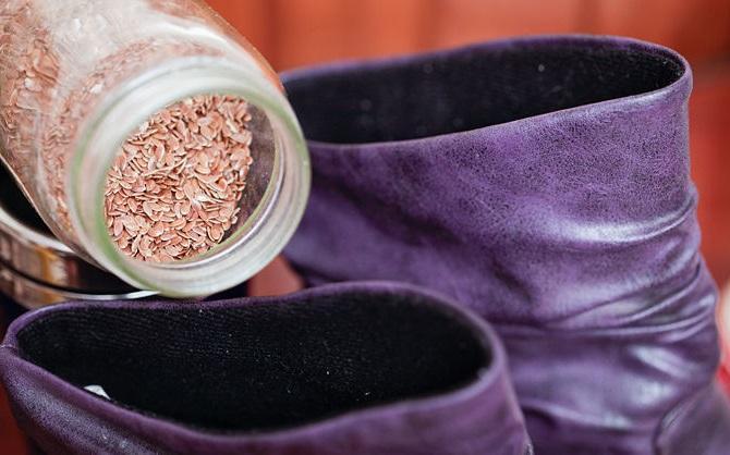 Как разносить обувь в домашних условиях?