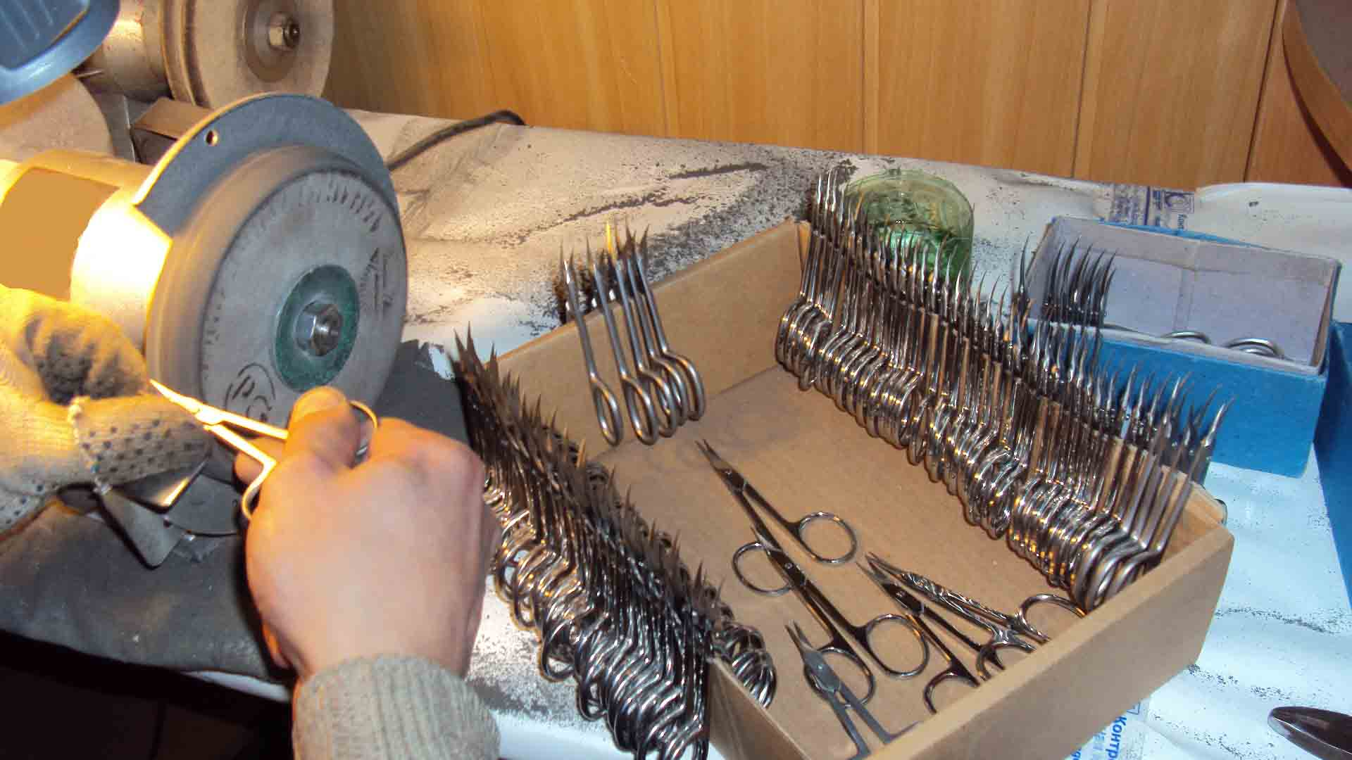 Как наточить маникюрные ножницы в домашних условиях?