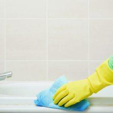 Как отмыть ванну от марганцовки?