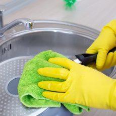 Как очистить сковороду от жира и нагара в домашних условиях?