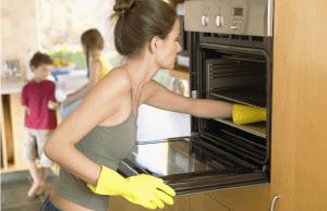 Как отмыть духовку от жира внутри в домашних условиях?