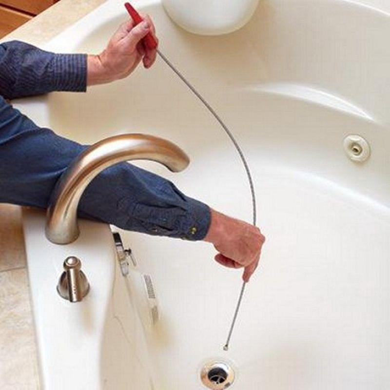 Как прочистить засор в ванной в домашних условиях?