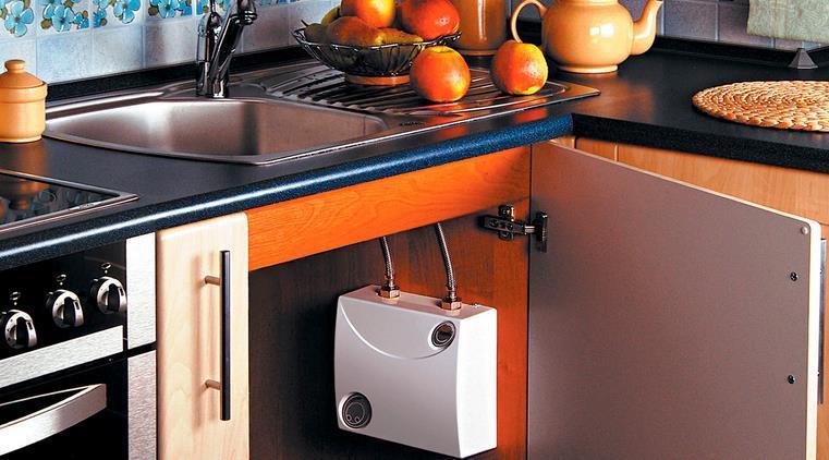 Как выбрать электрический проточный водонагреватель для квартиры?