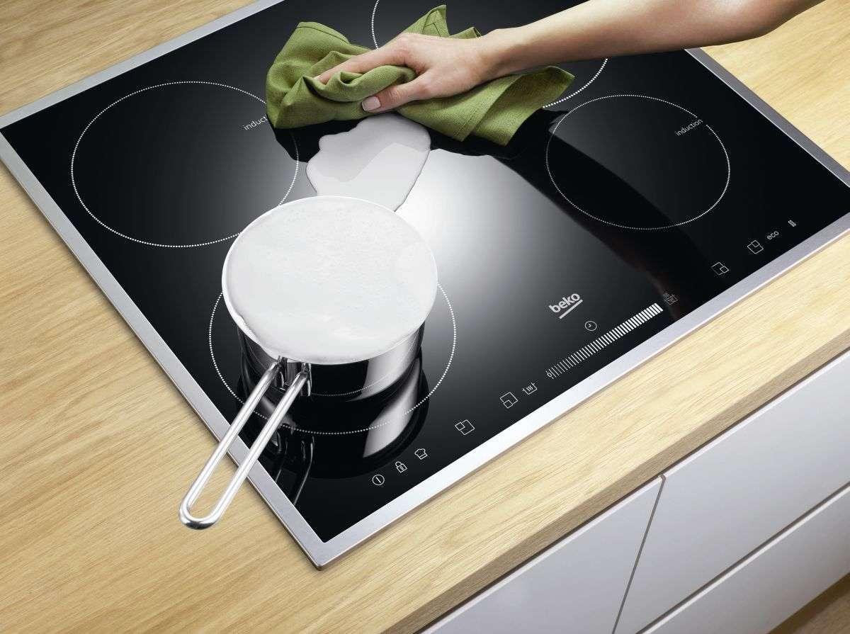 Чем чистить стеклокерамическую поверхность плиты от жира?
