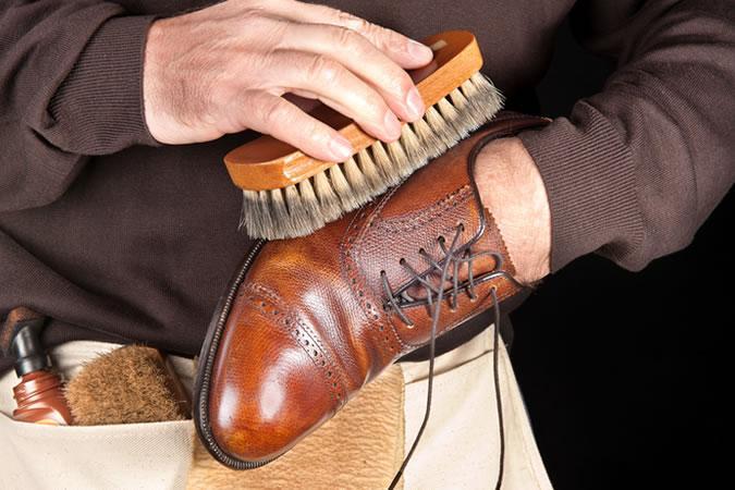 Как правильно ухаживать за кожаной обувью зимой?