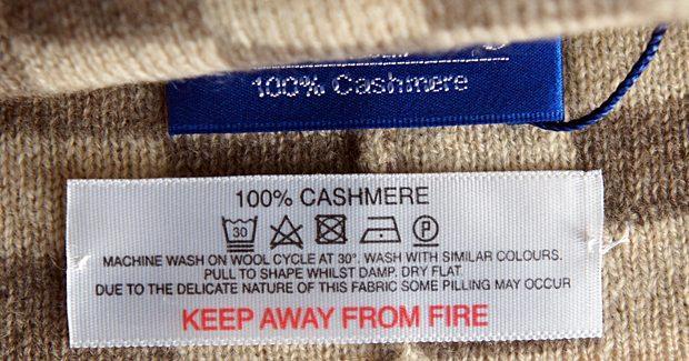 Стирка кашемирового свитера в домашних условиях