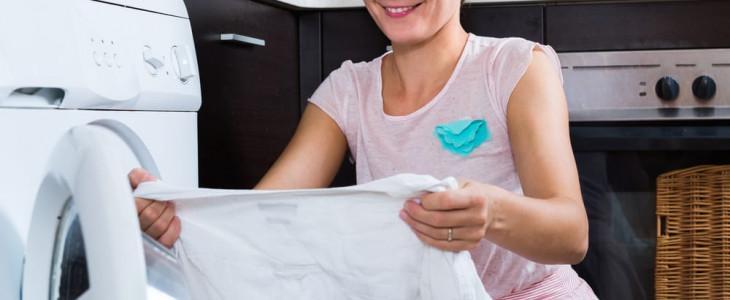 Как отбелить белую рубашку в домашних условиях от желтизны?