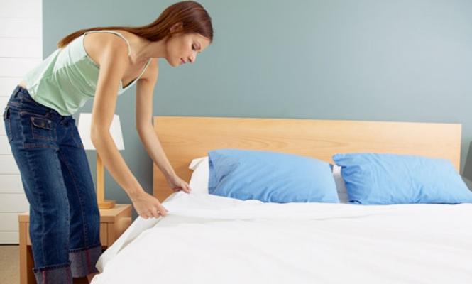 Как часто нужно менять постельное белье дома?