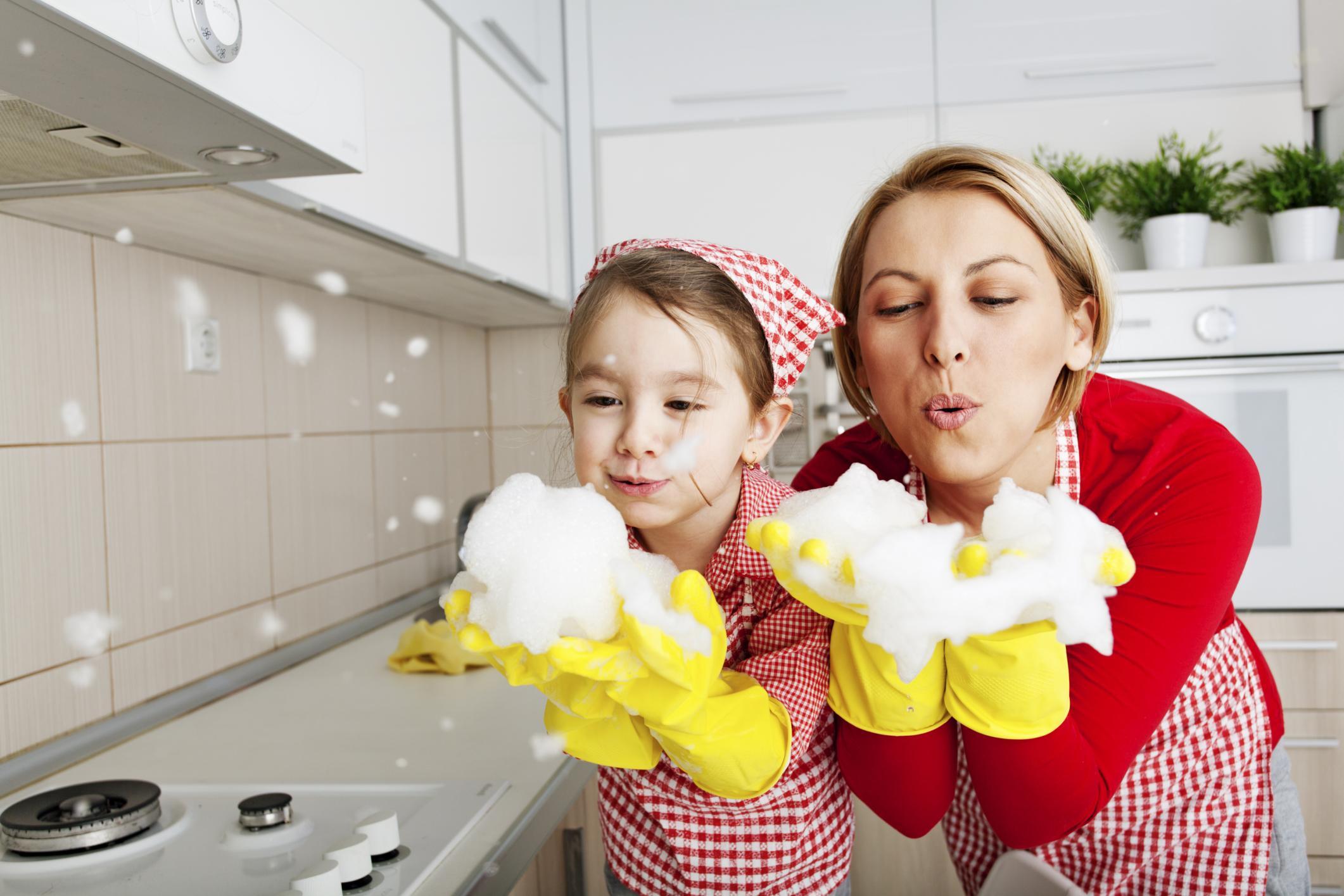 Как приучить ребенка к порядку и чистоте в доме? Советы психолога