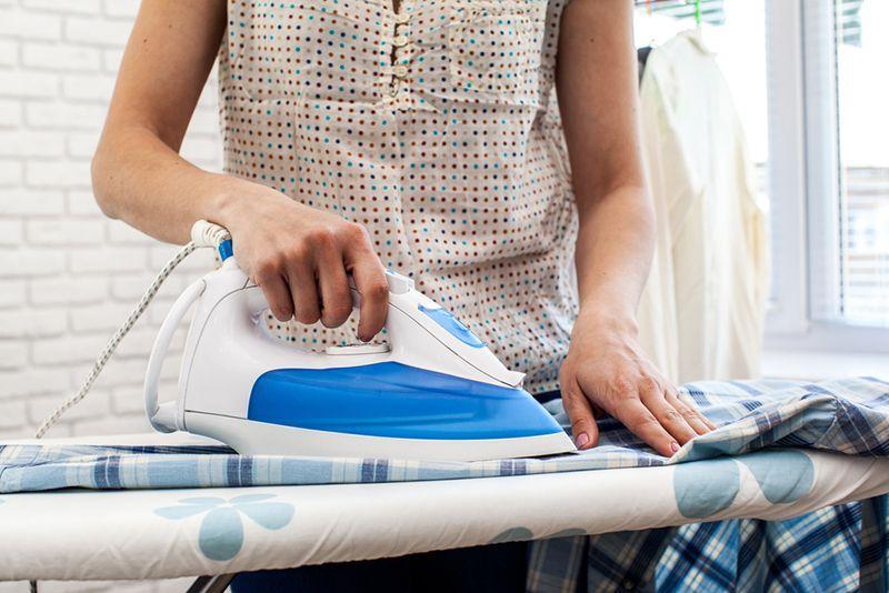 Нужно ли гладить постельное белье после стирки?