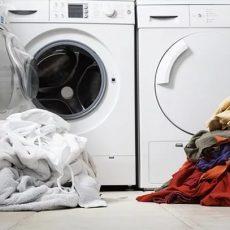 Как стирать белые вещи, чтобы они оставались белыми?