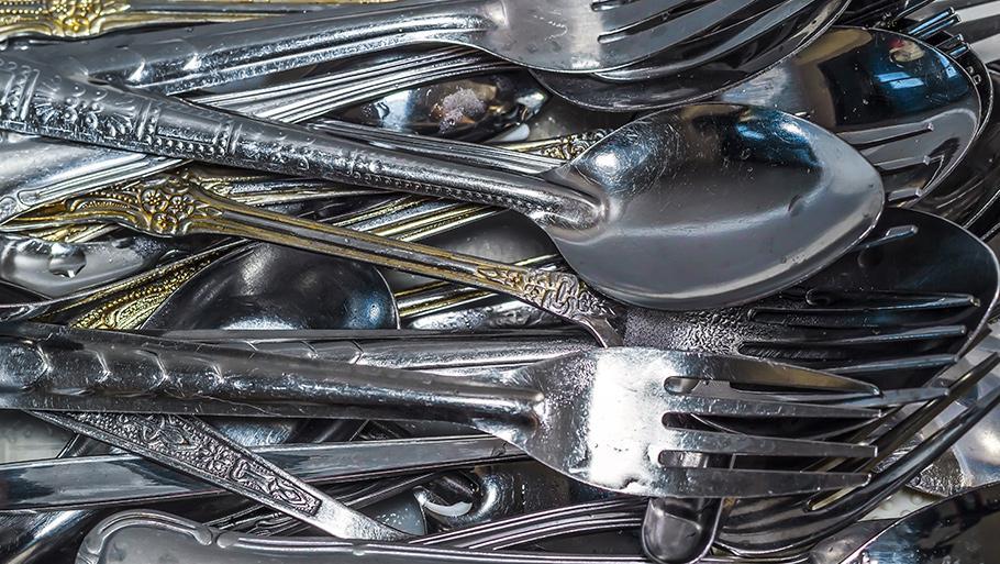 Как почистить ложки и вилки из нержавейки в домашних условиях?