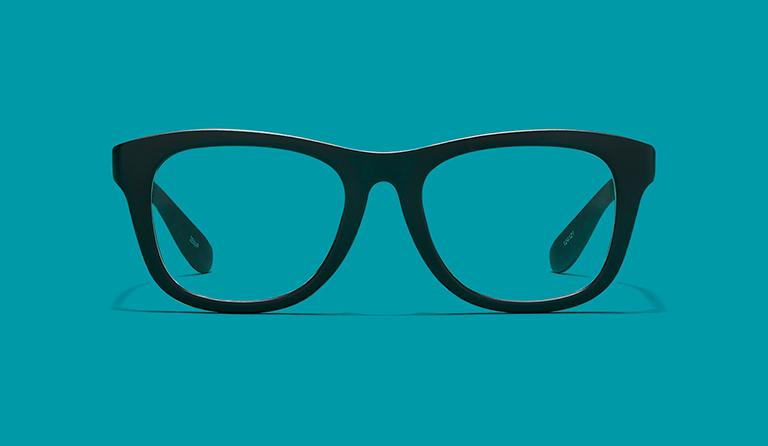 Как убрать царапины с очков для зрения?