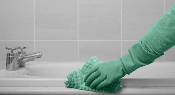 Чем отмыть ванну до бела?