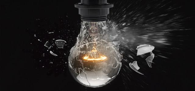 Что делать, если лампочка лопнула?