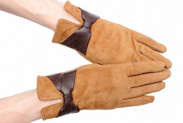 Как почистить замшевые перчатки в домашних условиях?