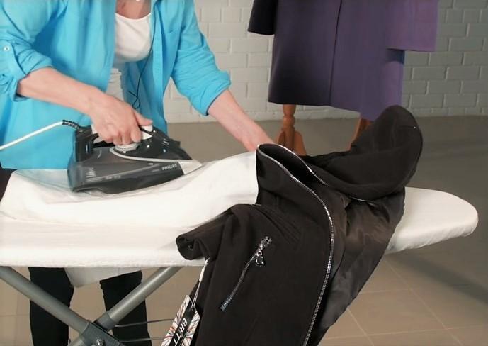 Как погладить пальто из натурального материала?